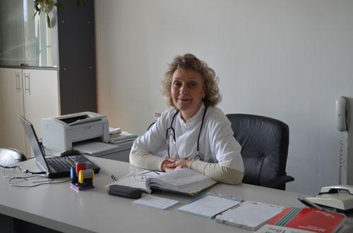 Dr. Laposi Oana Corina